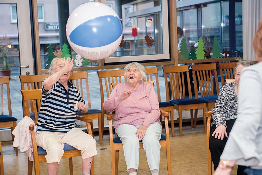 Seniors during activation in day care